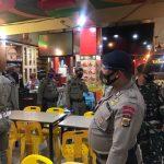 Tim Gabungan Patroli Disiplin Protokol Kesehatan di Sejumlah Warkop di Banda Aceh