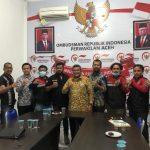 Giliran Edi Fadhil dan ERPA Dapat Penghargaan dari Ombudsman Aceh
