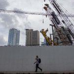 Pengamat: Pemulihan Ekonomi RI Lebih Lama dari Krisis 1998