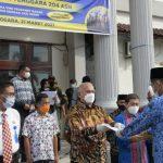 Sekda Aceh Serahkan SK Kenaikan Pangkat ASN Gayo Lues
