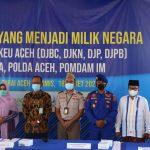 Polda Aceh bersama Bea Cukai Hibahkan 7 Ton Bawang Merah untuk Dayah
