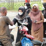 Semarak Bulan Ramadhan, SMK di Banda Aceh Bagi-bagi Takjil
