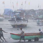 Topan Hantam India, Lebih dari Satu Juta Warga Mengungsi