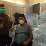 Wakil Bupati dan Sekda Gayo Lues Jalani Vaksinasi Covid-19