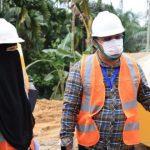 Masyarakat Lokop Serba Jadi Serahkan Tanah untuk Pembangunan Jalan Peureulak Lokop
