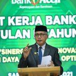 Gubernur Minta Bank Aceh Syariah Terus Berinovasi dalam Pelayanan